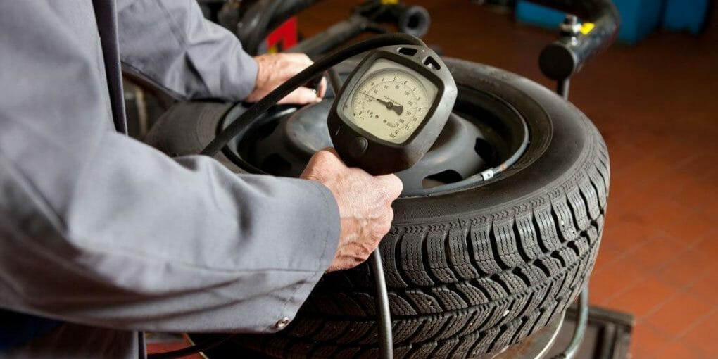 How to Inflate Tubeless Lawn Mower Tire